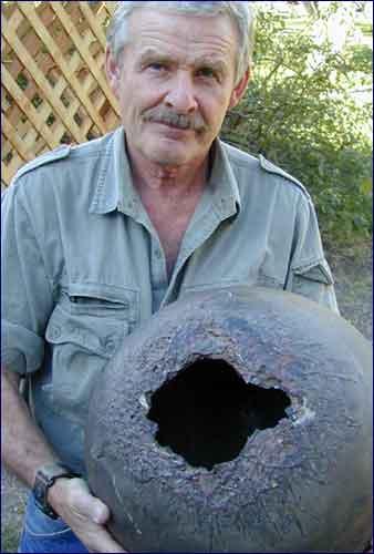 fotondeb1 WARNING! mulai tahun 2012 sampah akan berjatuhan dari luar angkasa